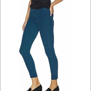 AG Corduroys- Skinny Jeans RED